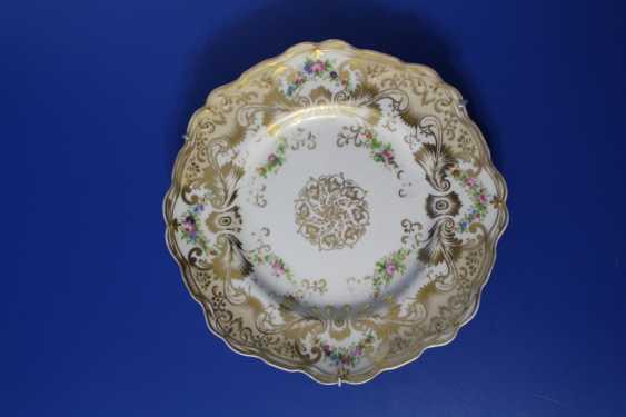 Plate (flower pattern), Imperial porcelain factory, 1855-1881 (Alexander II) - photo 1