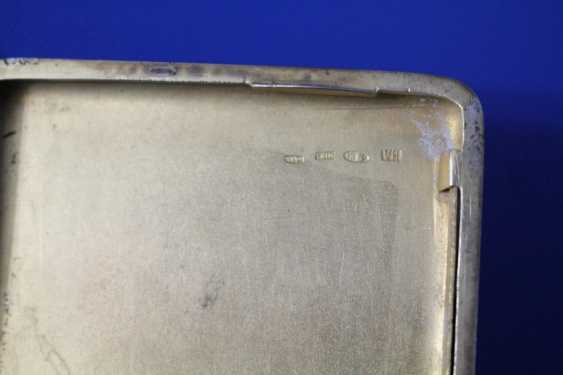 Cigarette case (84 alloy, carving, gilding, emerald) - photo 5