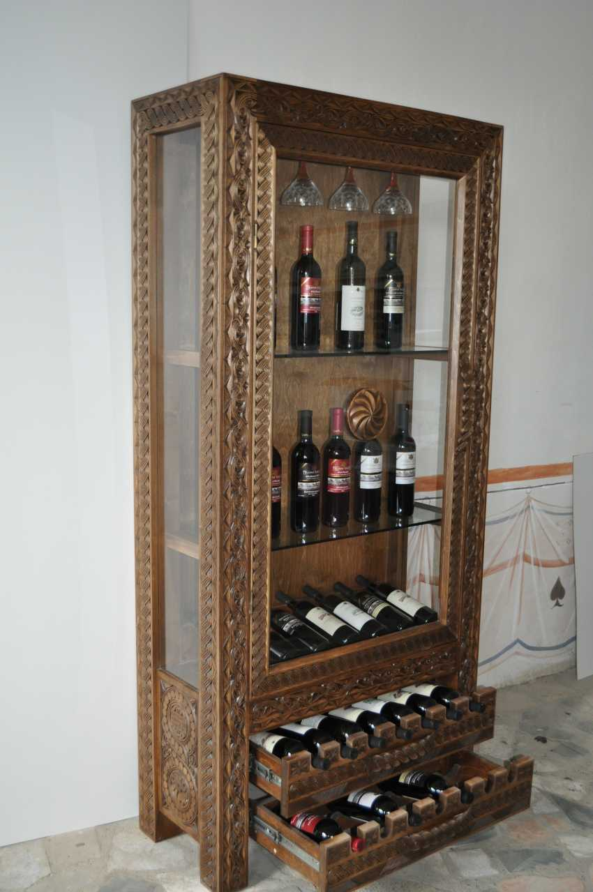 кетевани хажомия. винный шкаф - фото 1
