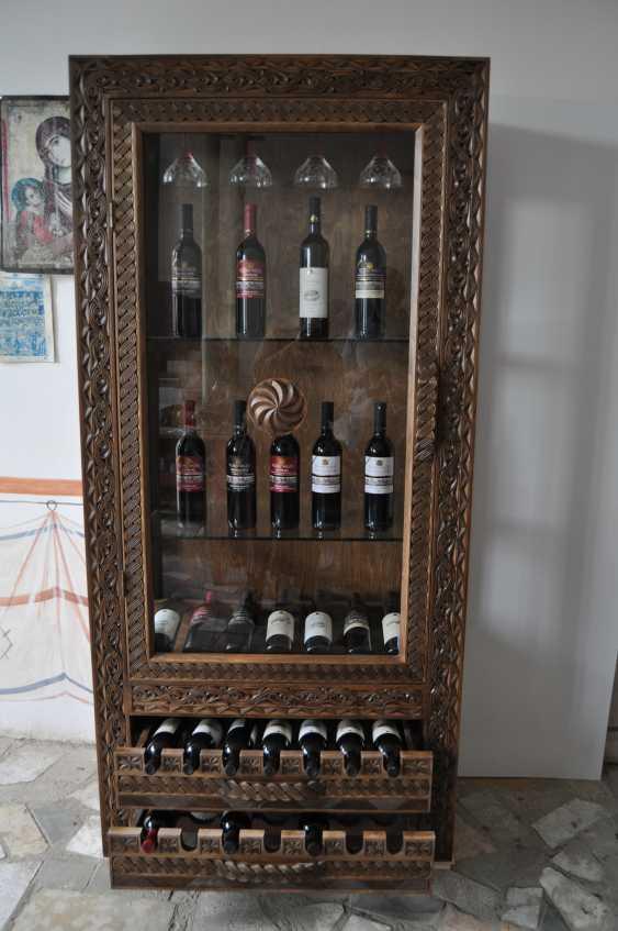 кетевани хажомия. винный шкаф - фото 2