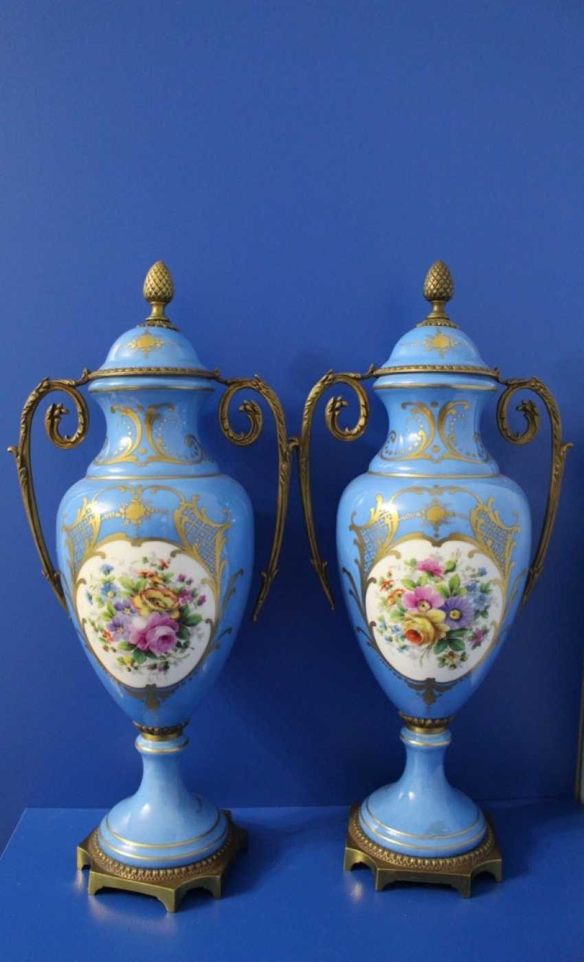 "Pair of vases ""Flowers"", Sevres (sèvres) - photo 1"
