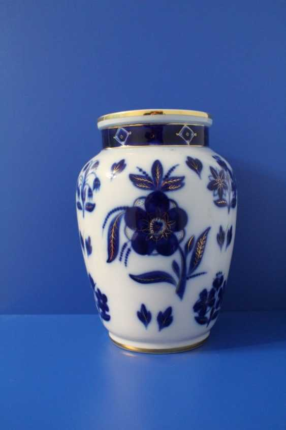 "Vases pair of ""Blue flowers"" (24.5 cm), Lomonosov porcelain factory, 1950-1960 - photo 1"