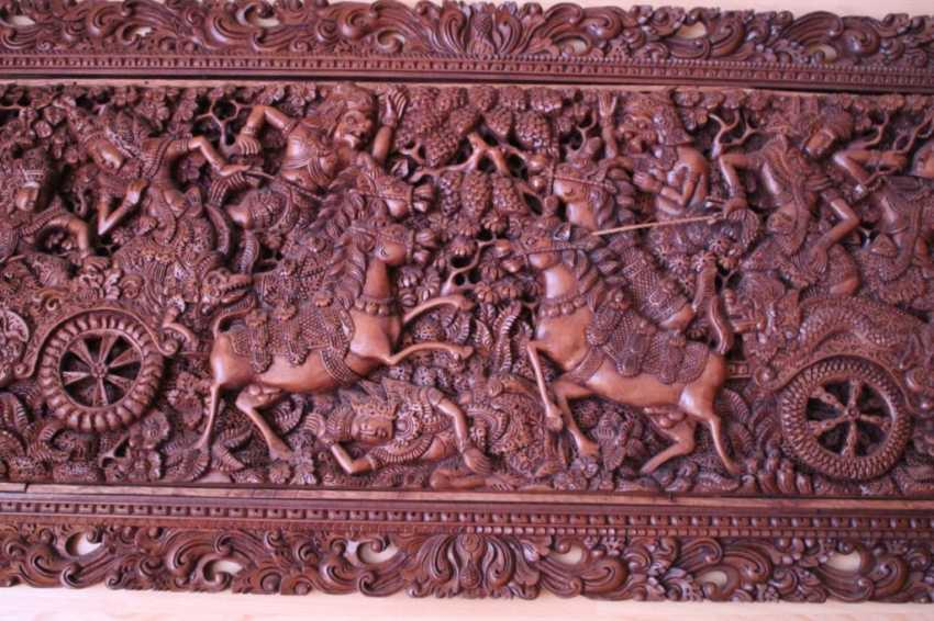 "A carved painting on wood ""Battle"", 1905 - photo 2"