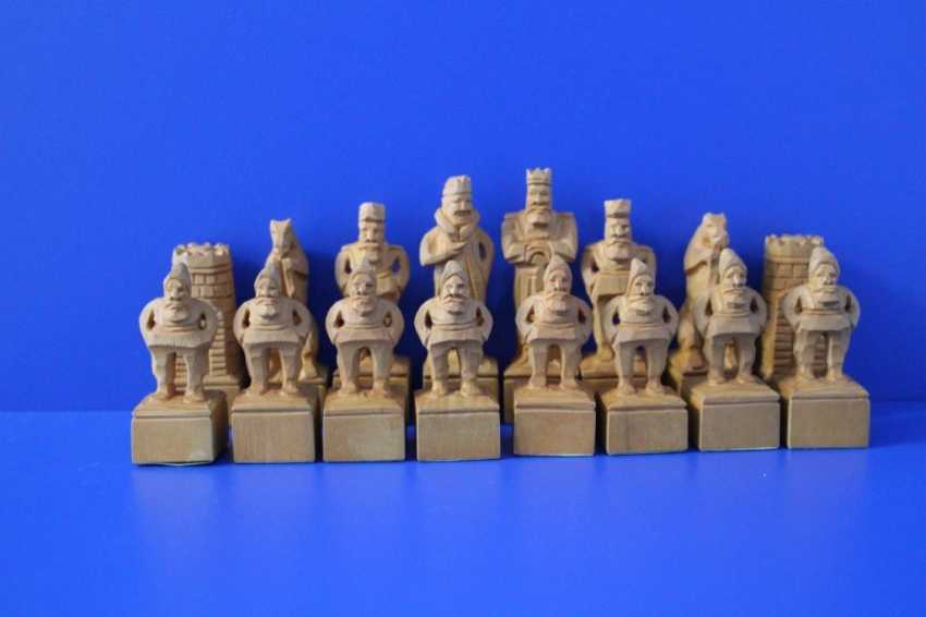 Carved handmade chess made of wood - photo 4