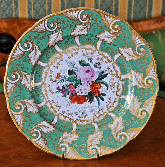 Plate with the image of flowers - photo 1