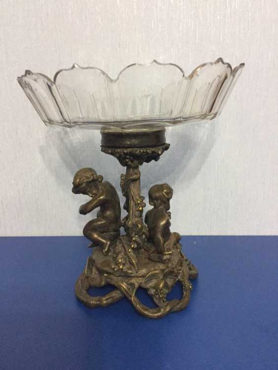 A dish of fruit on a bronze stand, late 19th century - photo 1