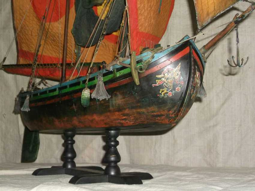 Vitaliy Anakhin. Italian fishing boat tartan of the province of Chioggia, Venice. Italian fishing boat tartan, province of Ciega, Venezia. - photo 2