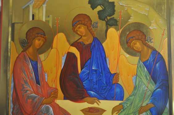 """Oksana Savchuk. the icon """"Trinity"""" - photo 1"""