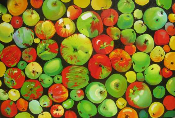 Alesia Dolzhenko. Through the prism of apples - photo 1