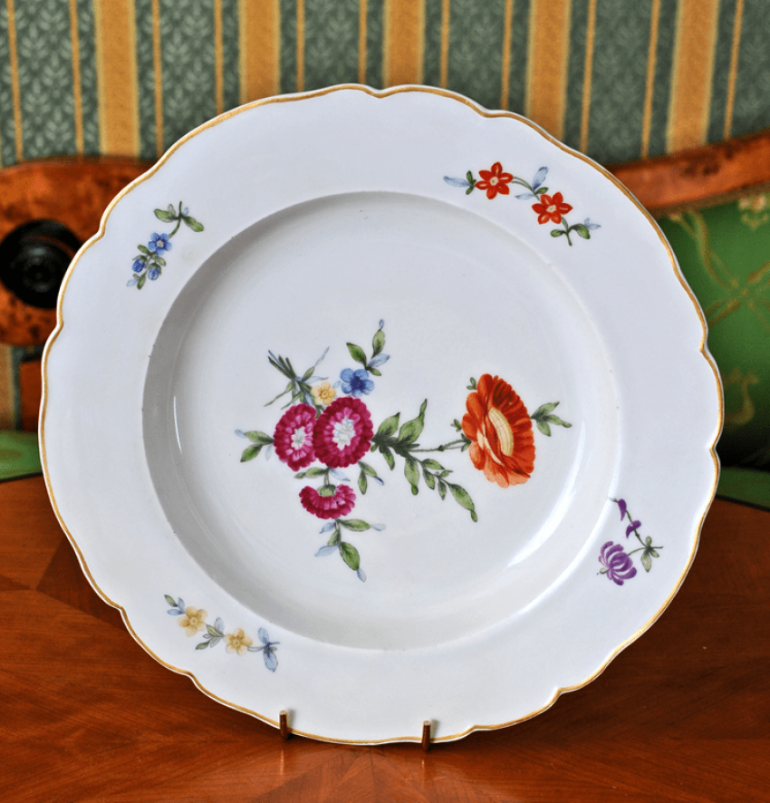 """Plate from the """"Everyday"""" set - photo 1"""
