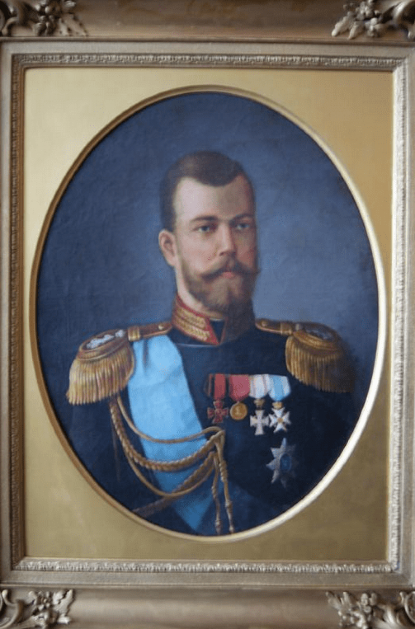 Portrait of Emperor Nicholas II, the nineteenth century. - photo 1