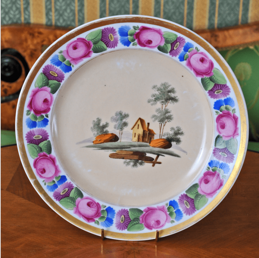 Plate with floral ornament porcelain - photo 1
