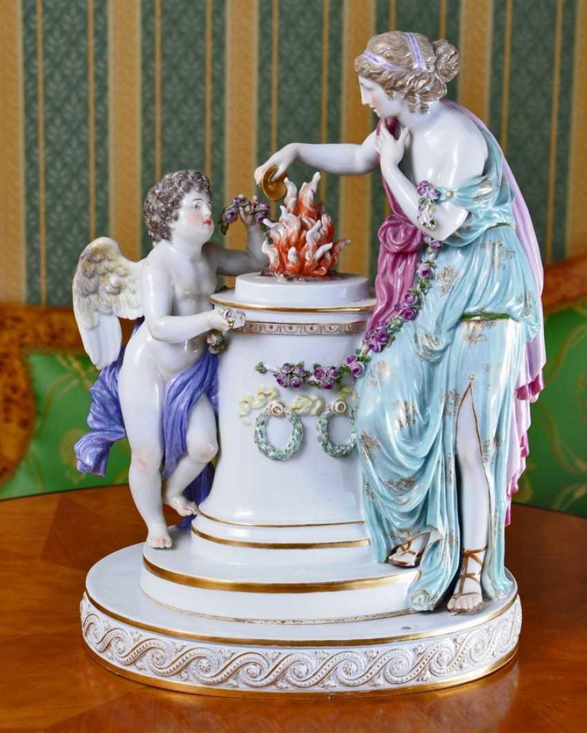"Sculptural composition ""Victim of friendship"" - photo 1"