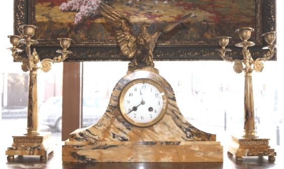 """Uhr Kamin-Set """"der Adler"""", Europa 1-te Geschlecht. Des zwanzigsten Jahrhunderts. - Foto 1"""