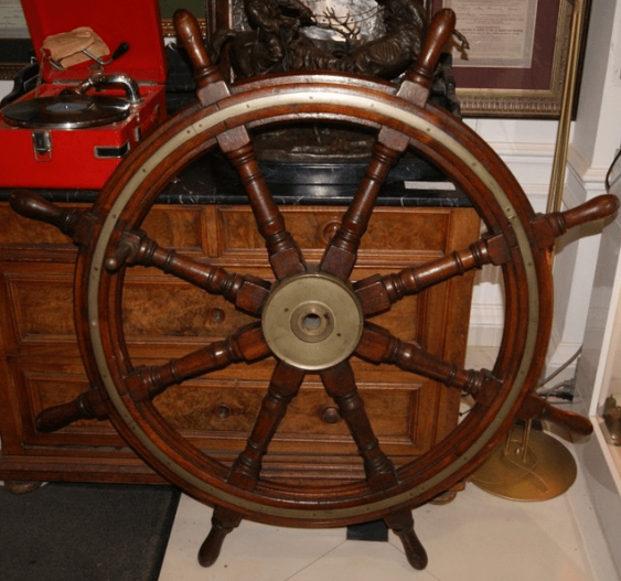 The helm of the ship, the nineteenth century. - photo 1
