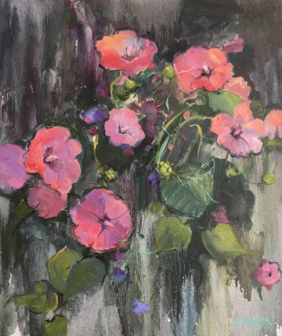 Oksana Shulga. Petunias - photo 1