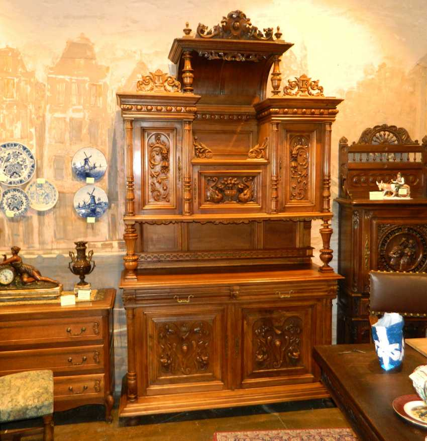 Sideboard in the style of Henry II - photo 1