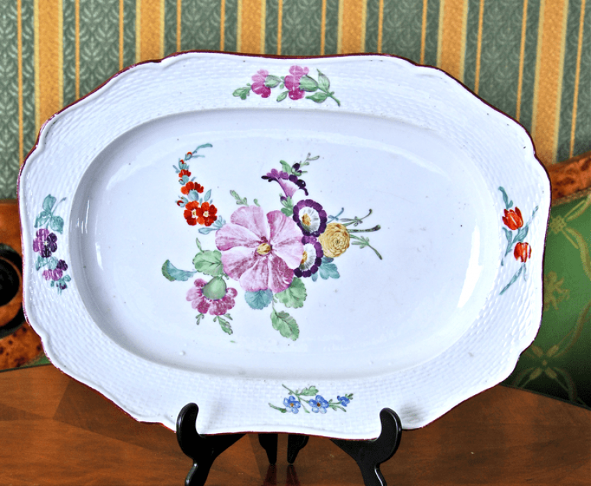 """Dish of porcelain from the """"Everyday"""" set - photo 1"""