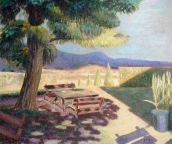 Alla Senatorova. The tree above table - photo 1