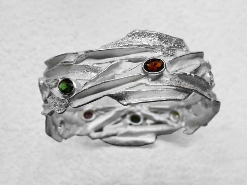 Roman Volkov. Silver bracelet with semi-precious stones( garnet, amethyst, citrine, peridot). - photo 2