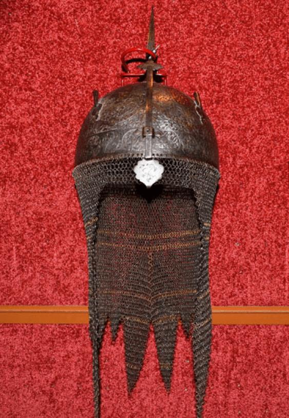 Helmet, steel, gilding, Persia - photo 1