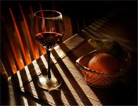 "Vladimir Buturlia. ""Evening glass of red"" - photo 1"