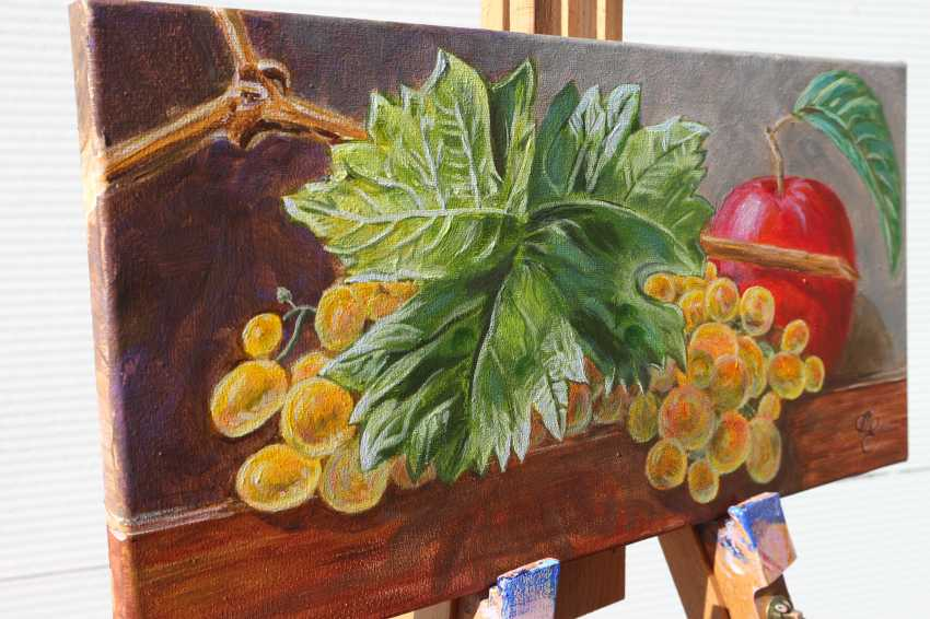 DMYTRO YEROMENKO. still life with grapes - photo 4