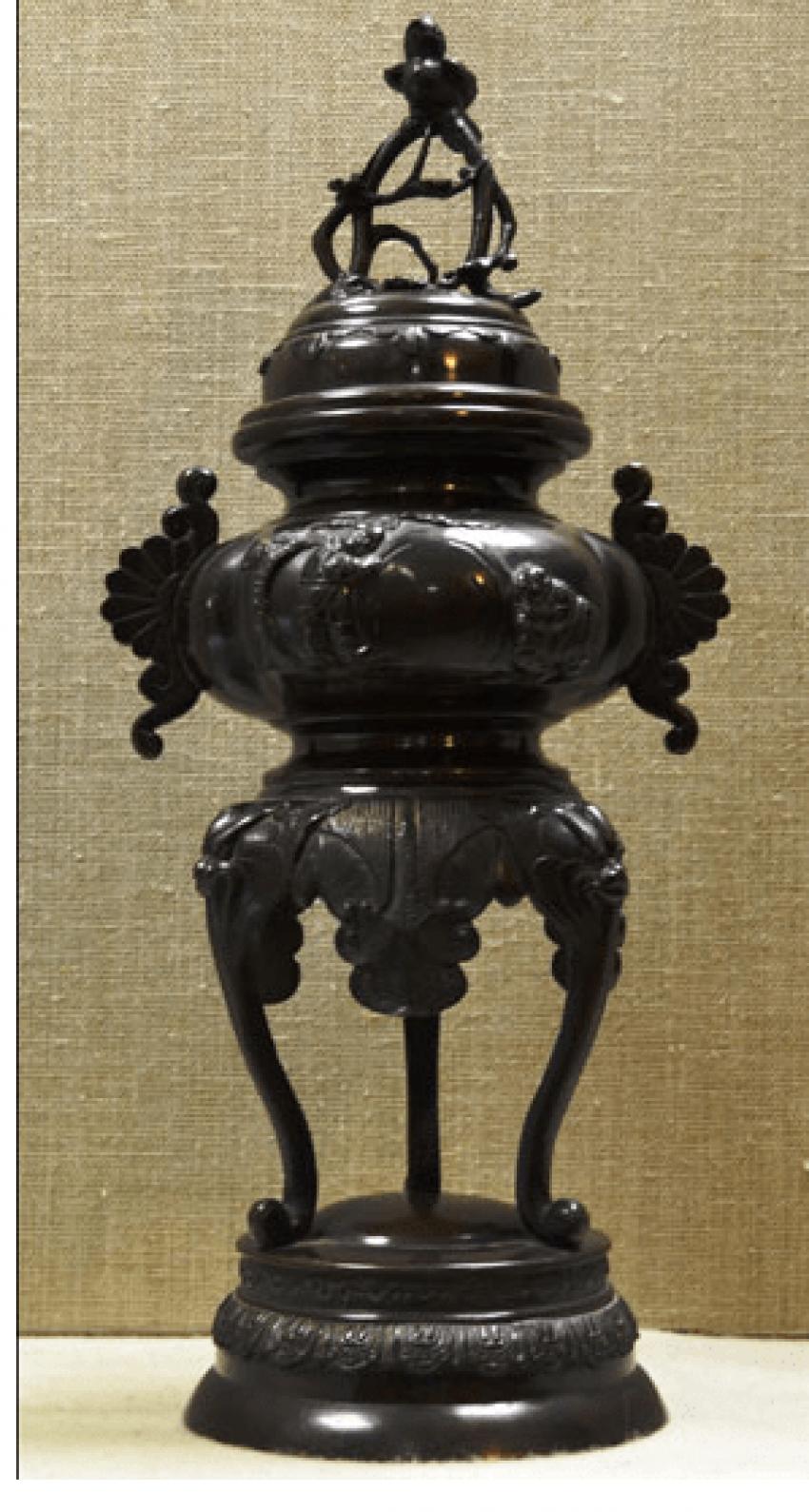 Vase-burn bronze Japan, MEIJI period - photo 1