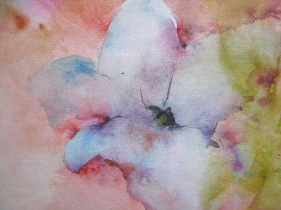 Anna Lomachenko. Blanc petun'i. Un parterre de fleurs - photo 4
