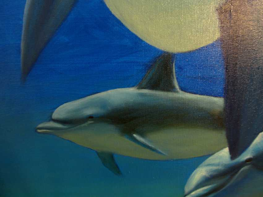 Sergiy Roy. Why are dolphins so mysteriously smiling ? - photo 4