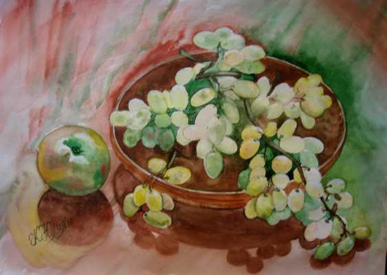 Julia Koliada. Still life with grapes and apples - photo 1