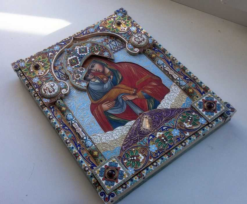 "Icon ""the mother of God of Pochaev"" precious enamel oklad - photo 2"
