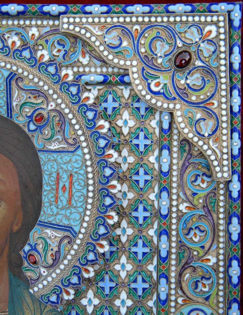"""Икона """"Господь Вседержитель"""" в драгоценном серебряном окладе с эмалью. - фото 3"""