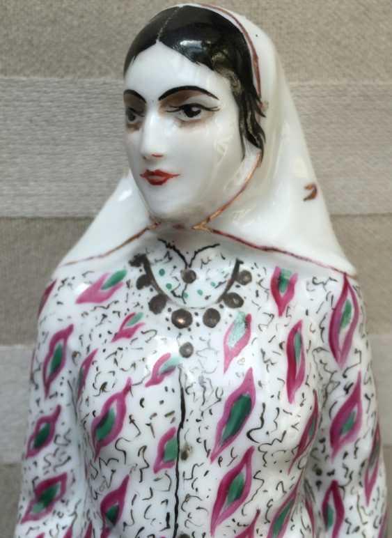 "Figurine LFZ Figurine ""Perse"" Porcelaine Soviétique Années 1920 - photo 3"