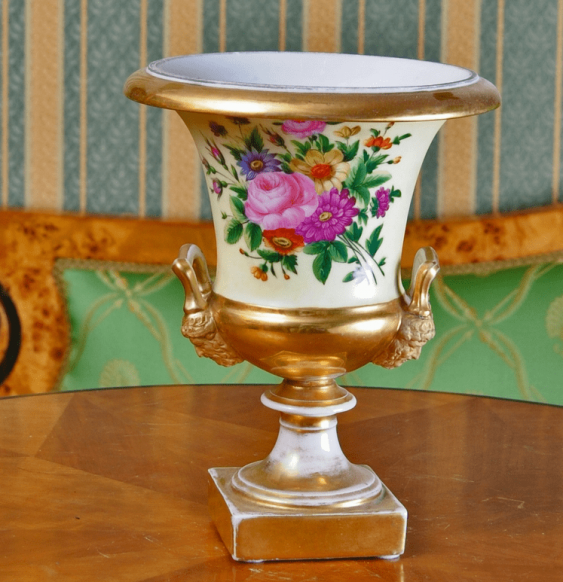 Russia vase, private factory, late 19th century - photo 1