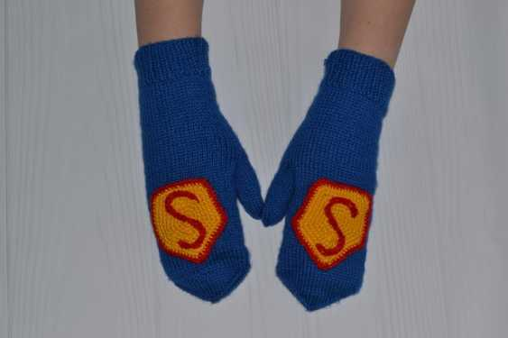 Tanya Derksch. Mittens Superman - photo 3