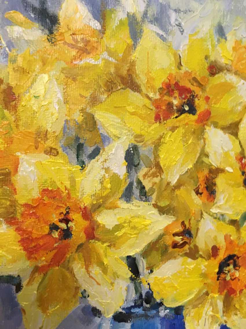 Natalya Luzenko. Yellow daffodils - photo 3