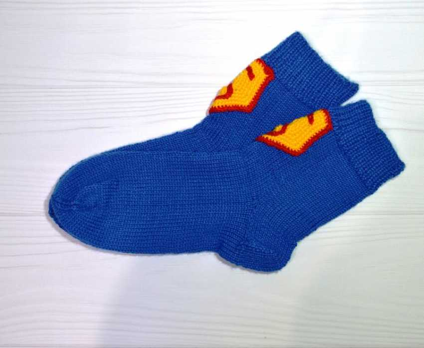 Tanya Derksch. socks for Superman - photo 3