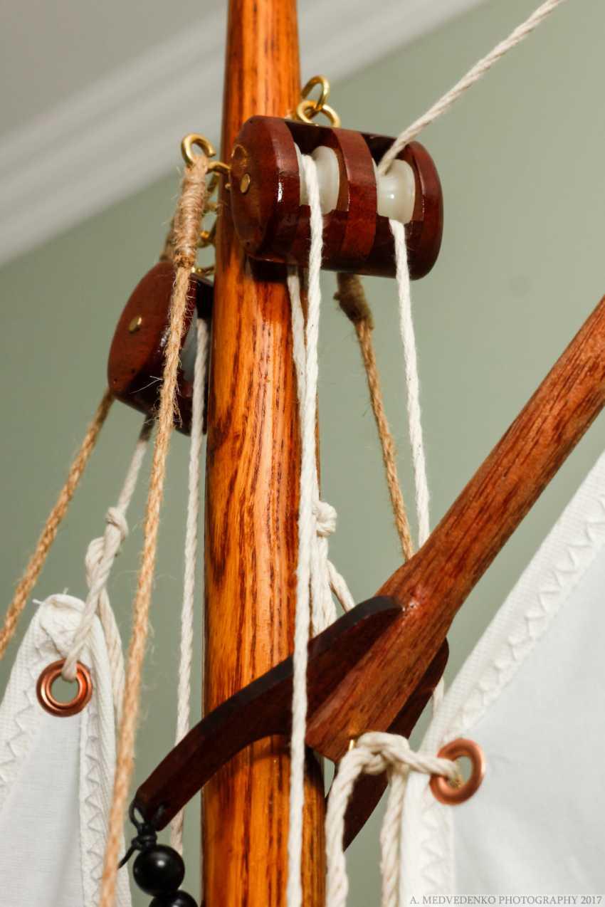 Igor Marukha. Model of the legendary wooden boat Whitehall - photo 13