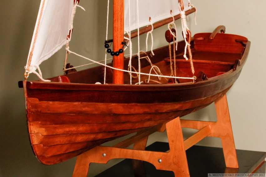 Igor Marukha. The model of the legendary wooden boat Whitehall - photo 1