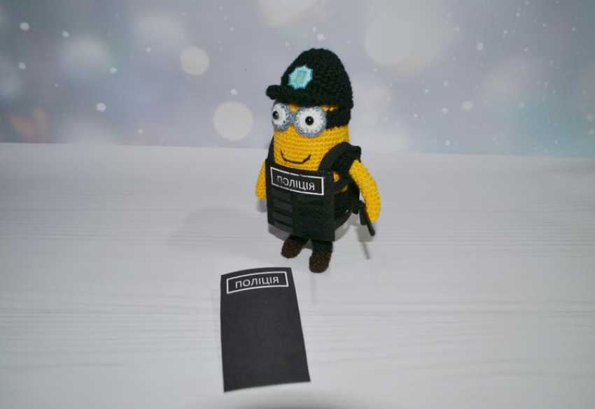 Tanya Derksch. Minion police officer - photo 3