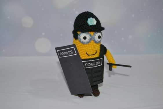 Tanya Derksch. Minion police officer - photo 4