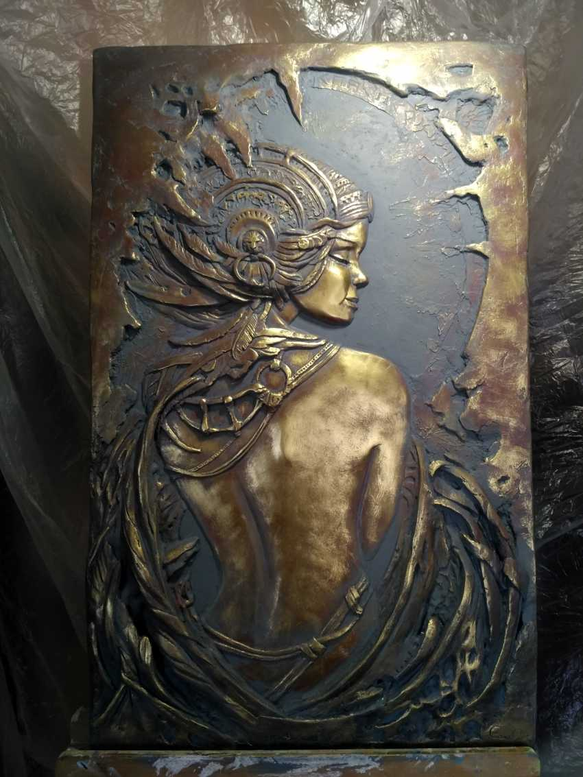 "Alexandr Voda. the bas-relief ""on Femininity"" - photo 1"