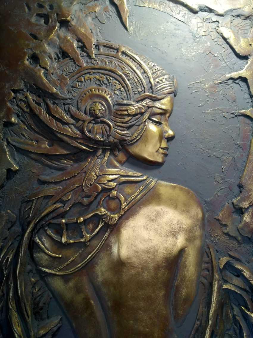 "Alexandr Voda. the bas-relief ""on Femininity"" - photo 2"