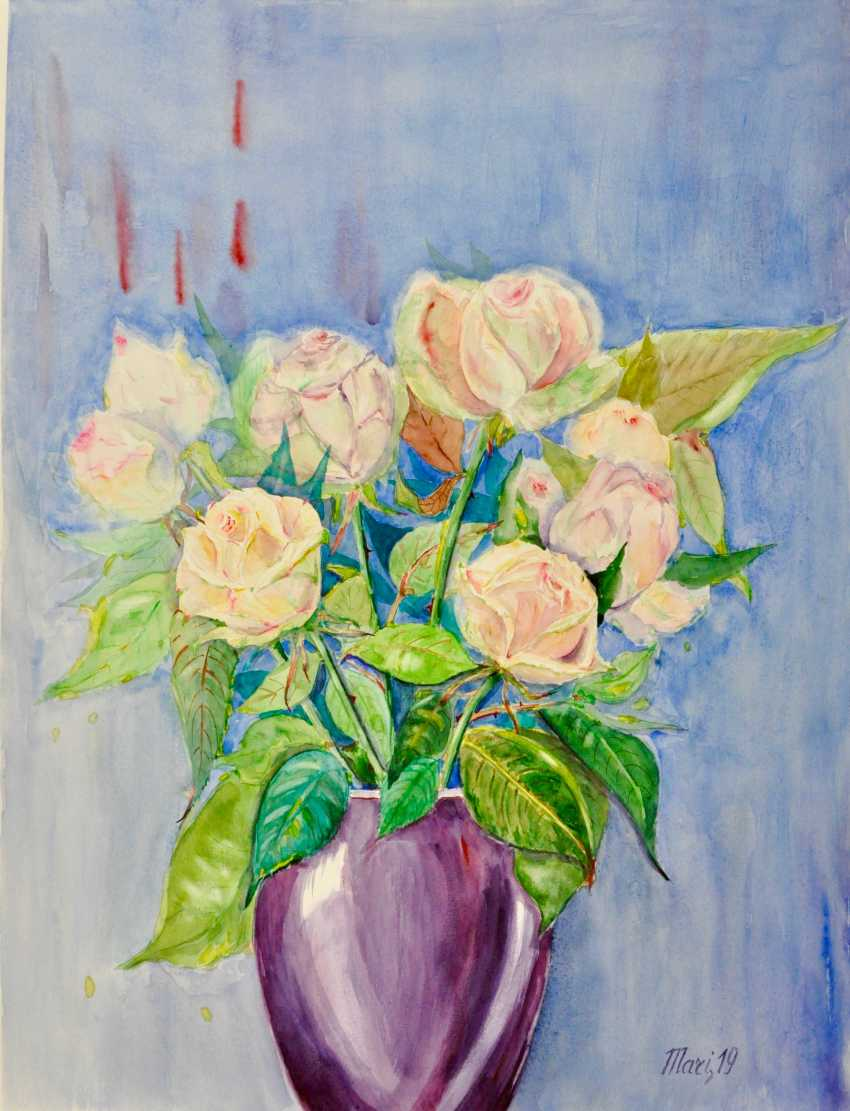 Maryna Pashchenko. Roses in a lavender vase. - photo 1