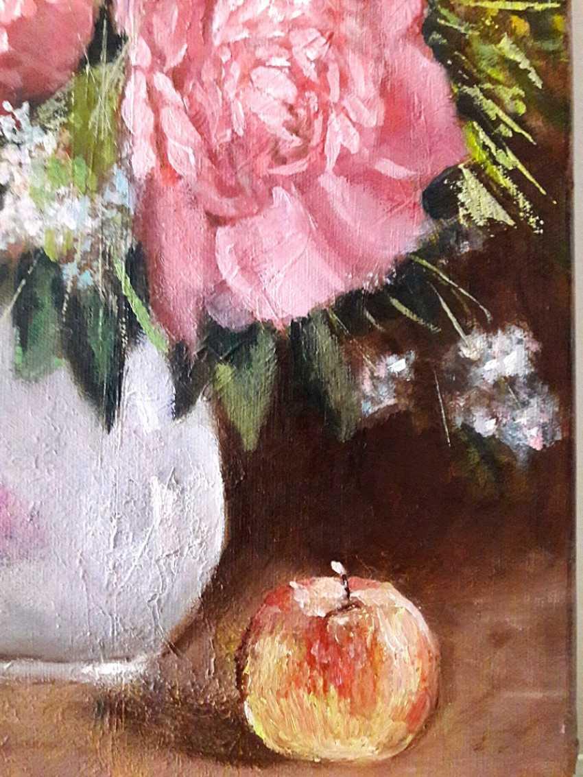 Svitlana Antonova. Breathe peony fragrance. Let in the sweet air will Vanish sorrow. - photo 4