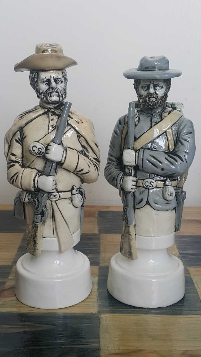 "Denis Korzun. Chess set ""Civil war"" - photo 2"