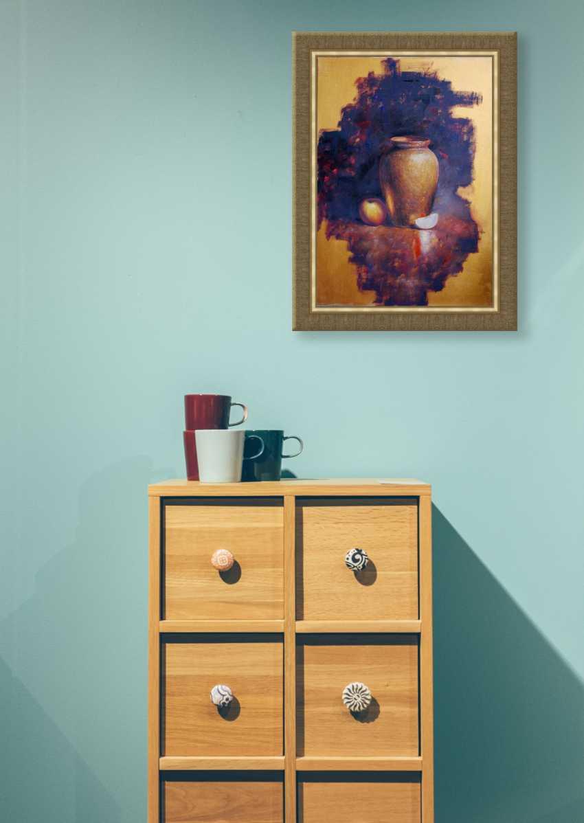 Nataliia Bahatska. Still Life with a Vase and an Apple - photo 2