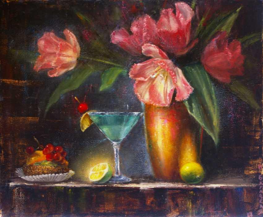 Nataliia Bahatska. Still life with tulips and cake. - photo 1