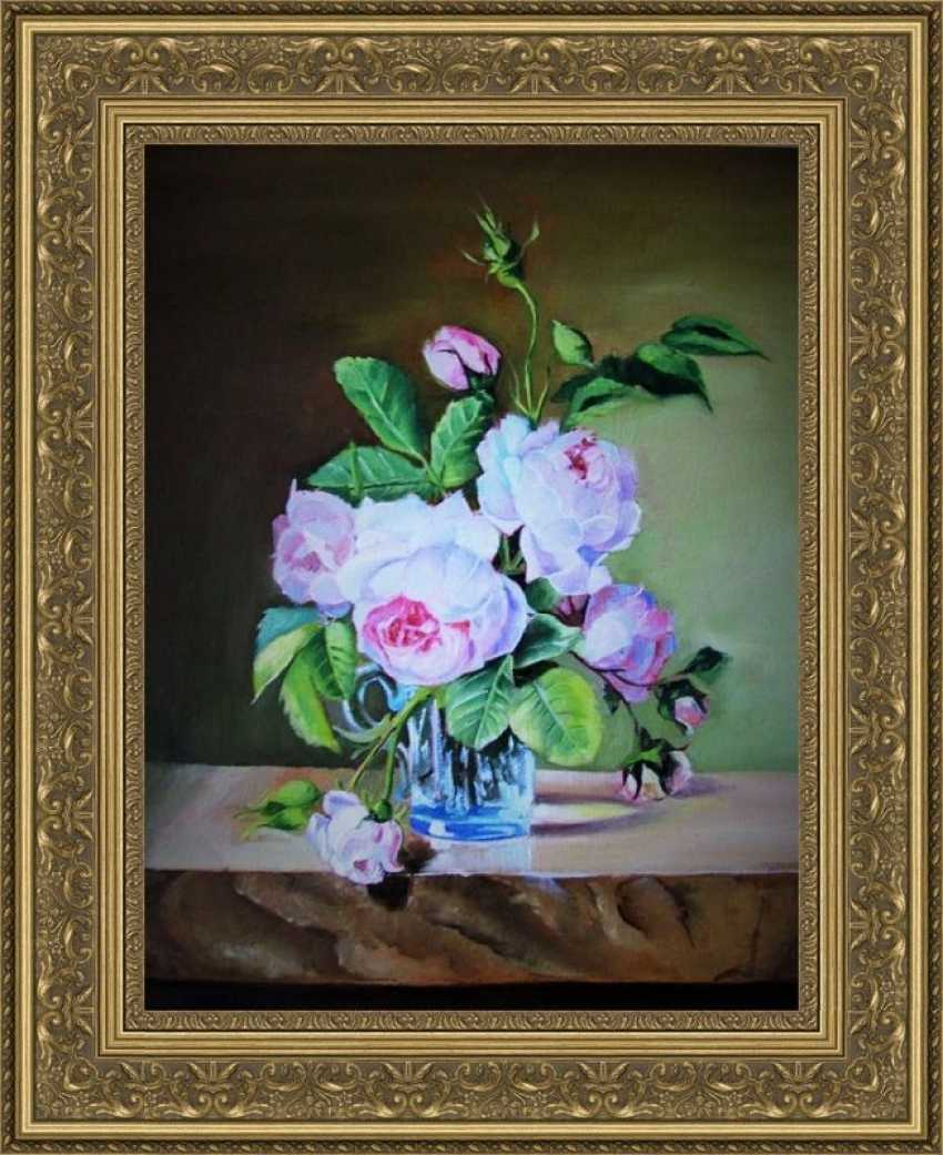 Larisa Bjlibot. Still life with roses - photo 1